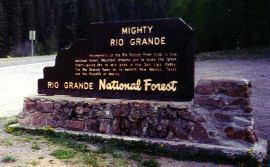 Roadside marker about the Rio Grande headwaters